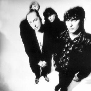 L-R: Jay Dee Daugherty, Steve Kilbey, Marty Willson-Piper, Peter Koppes, 1990
