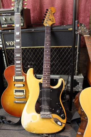 Fender Strat 1977 S-775275 (Creme)