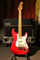 Fender Strat H 035317 (Red) - Dare's Guitar